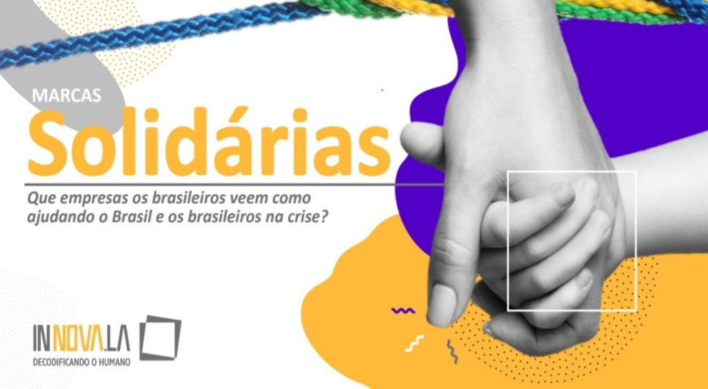 Duas mãos em preto-e-branco enlaçadas sobre manchas coloridas e texto Marcas Solidárias